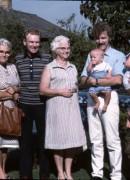 1983 Gantofta, Märta, Arne, Florece, Jonas, Staffan, Linda och Göte