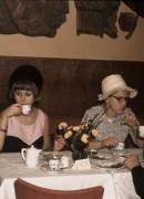 1968 Märta 50 år, kaffé i Köpenhamn, Christina, Märta och Göte