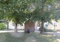 38 Minnesstenen i Ulvsbäcks prästgård